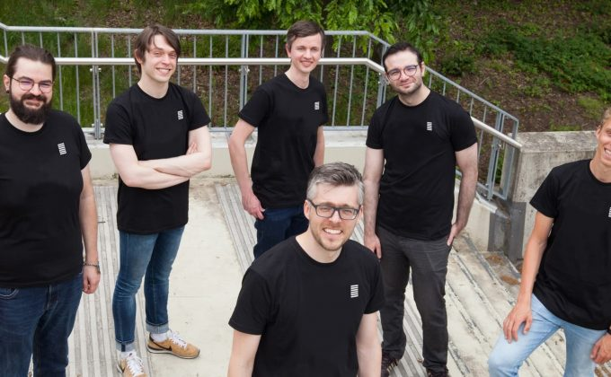 EDGELESS SYSTEMS Team (c)edgeless Systems