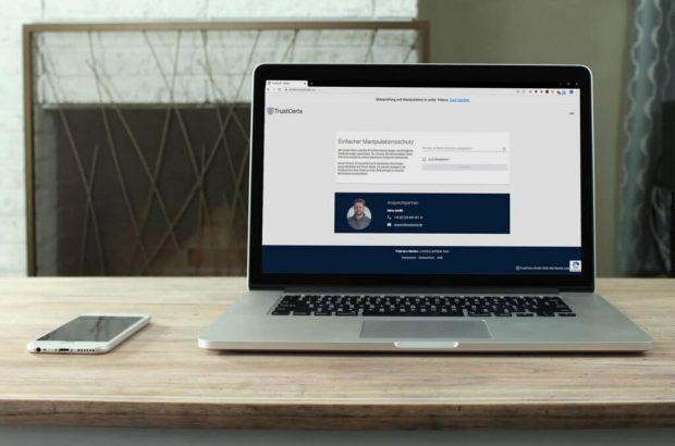 Laptop und Handy Trustcerts Homeoffice Angebot