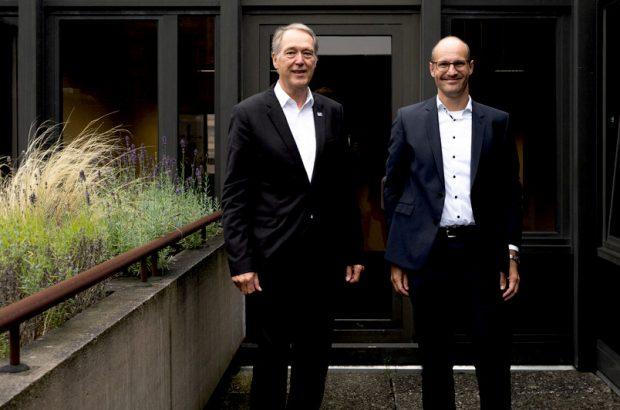 Rektor Axel Schölmerich (links) und Alexander May